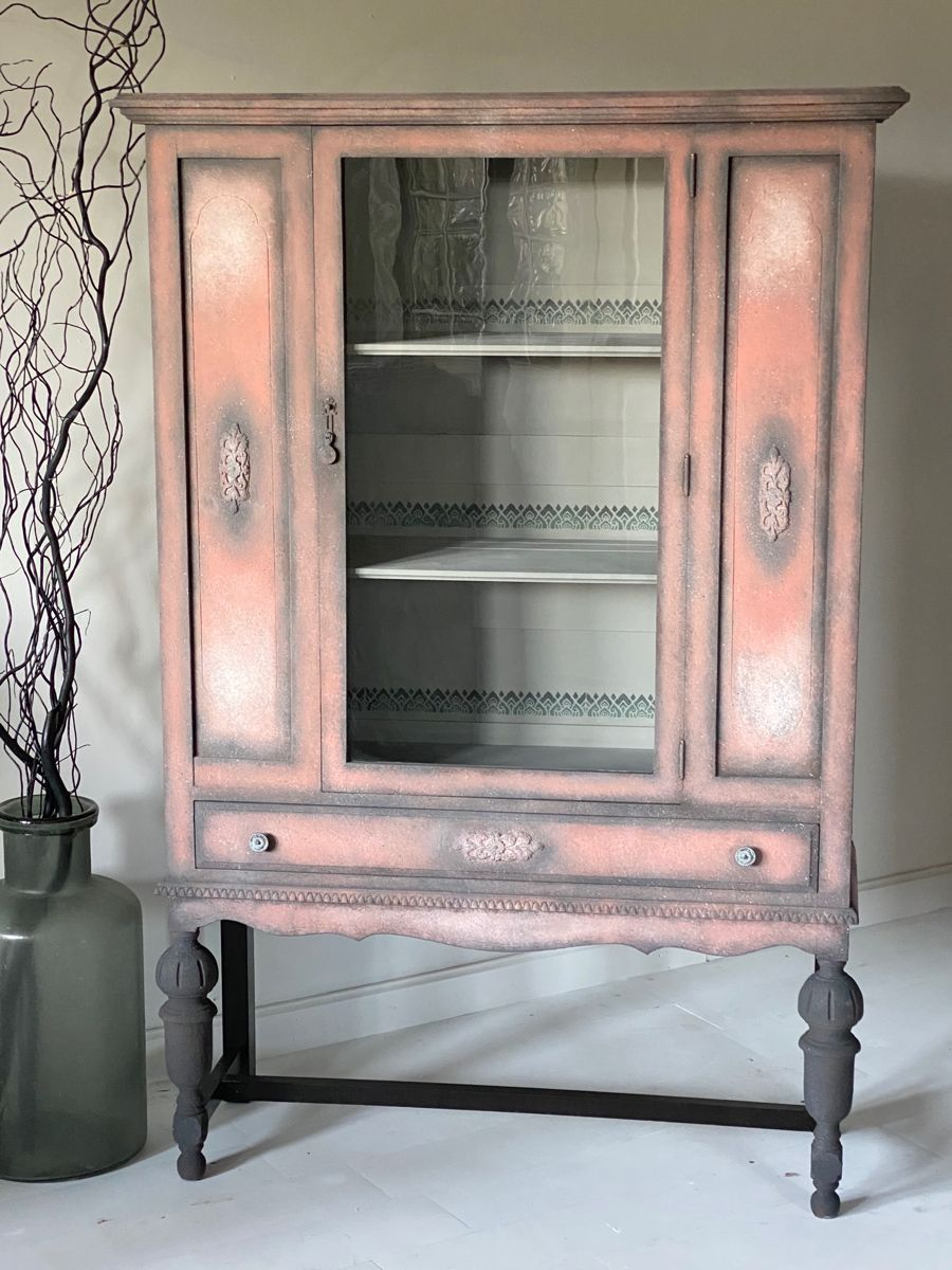 Louis La Brocante Youtube : louis, brocante, youtube, Chalk, Painted, China, Cabinet, Cabinets,, Rustic, Cabinet,