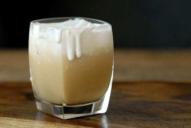 iced coconut chai tea latte