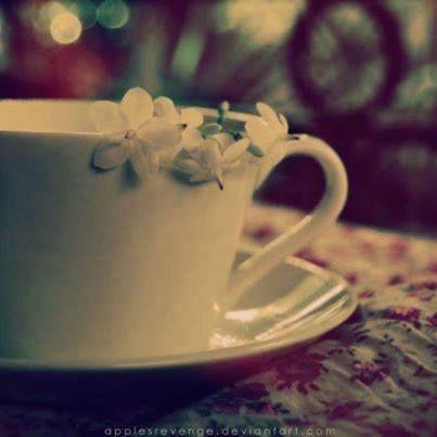 وأظل أشتهي فنجان قهوتي معك ورائحتها تختلط بأنفاس الياسمين و بصوتك Afternoon Tea Tableware Glassware