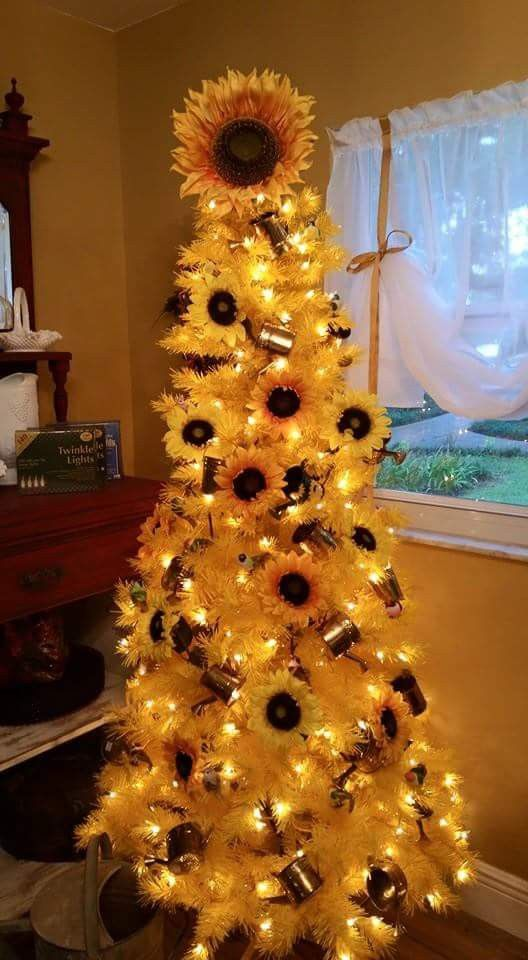 Christmas ideas #sunflowerchristmastree
