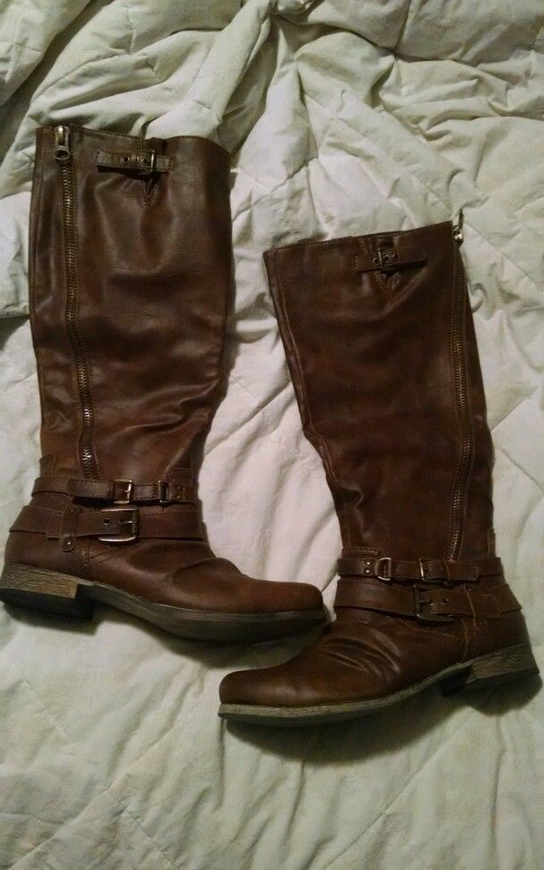 Womens Boots 10 Wide