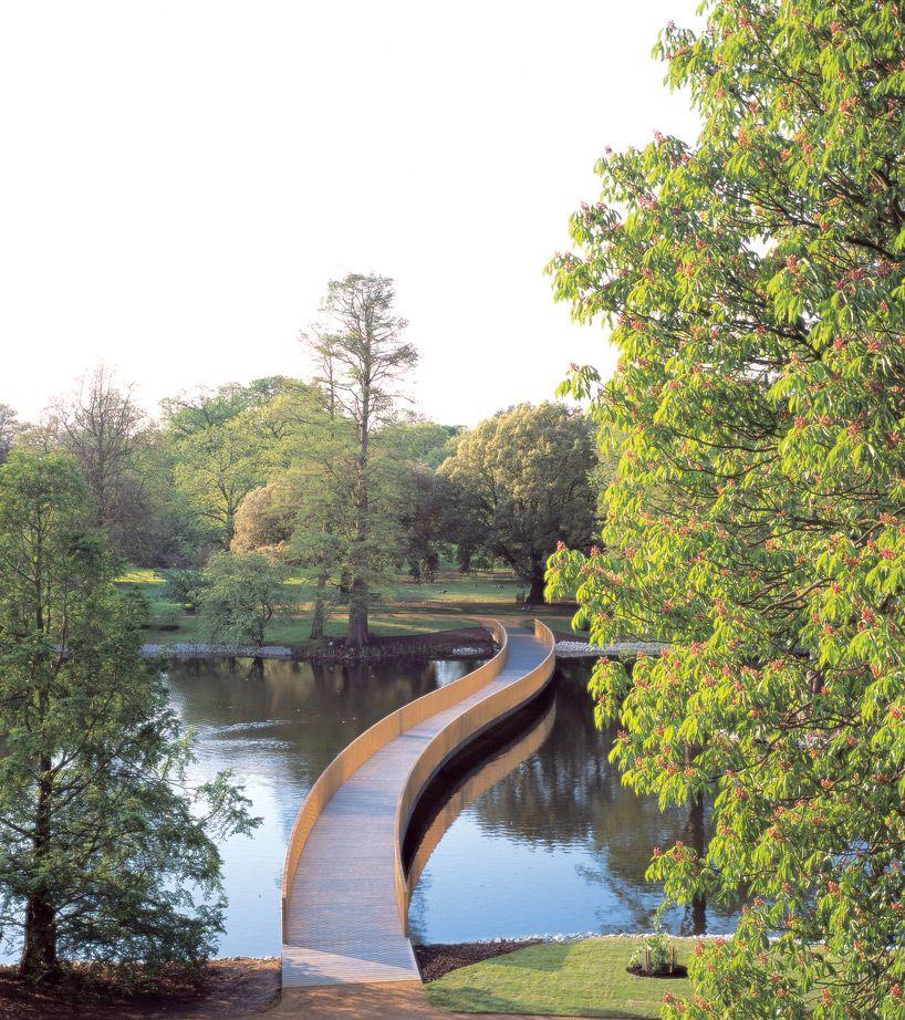'sackler crossing' at the royal botanic gardens in london, 2006  image © richard davies