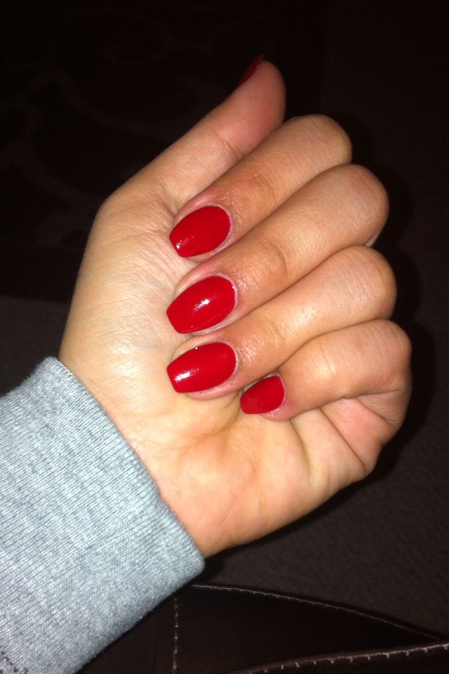 Red Coffin Nails First Time Trying This Shape And I M In Love Short Coffin Nails Red Acrylic Nails Red Nails