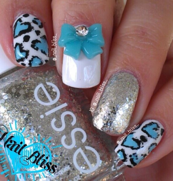 Love the bow!!!