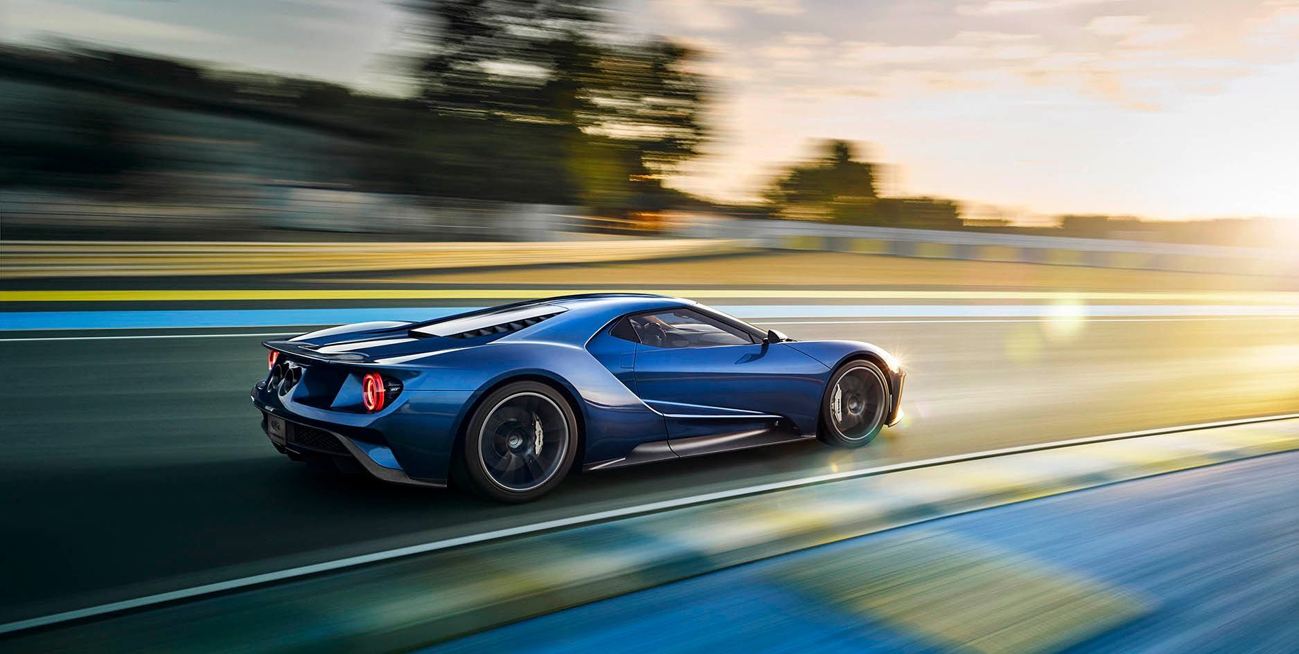 Super Light Super Strong With Images Ford Gt Car Wallpapers