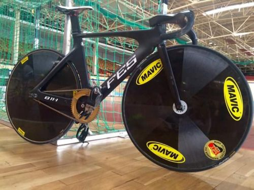 Fes Track Bike Vel Pinterest Cycling And Bicycling