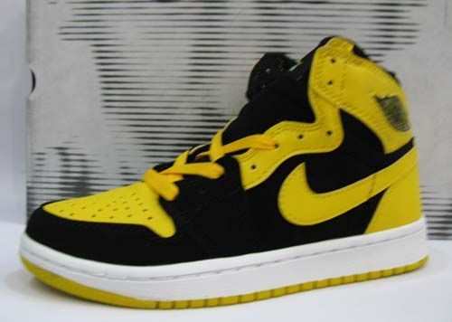 998f7e829b8813 Air Jordan 1 Retro Old Love New Love BMP Black Varsity Maize Whi ...