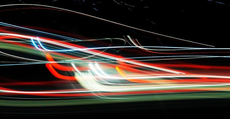 سرعة الضوء كيف تم حسابها وما هي اهم خصائصها Neon Signs Physics Light
