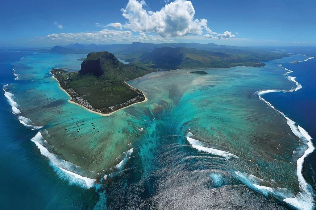 Mauritius, the 'Underwater Waterfall! Amazing. The mountain is called Le Morne.