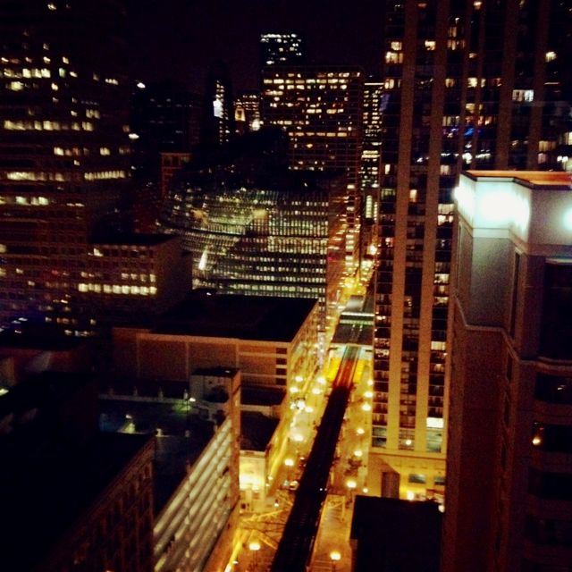 Chicago, The Roof Top Bar At The Wit Photo By Rita Saladino