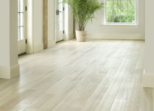 Oak flooring and Oak Hardwood flooring from Carlisle Wide Plank