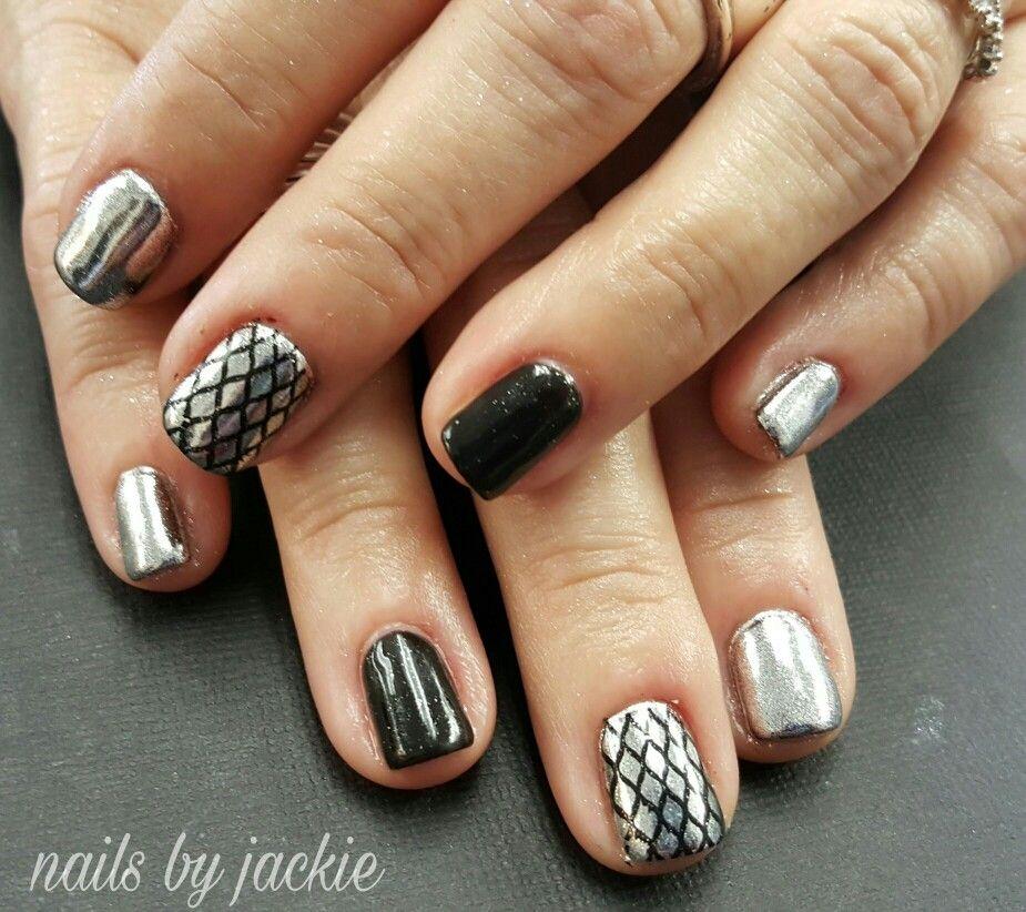 Gel polish on Natural nails Chrome nails with black nail art Nails ...