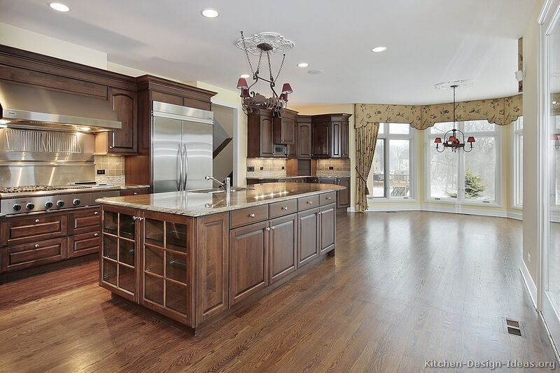 Traditional Medium Wood Brown Kitchen Cabinets 50
