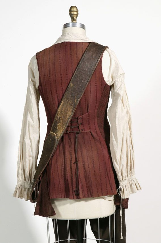 The Costumeru0027s Guide - Pirates of the Caribbean 2 Elizabeth Swannu0027s Pirate costume. This is a really great website for costume makers. ^_^ Loads ou2026 & The Costumeru0027s Guide - Pirates of the Caribbean 2: Elizabeth Swannu0027s ...
