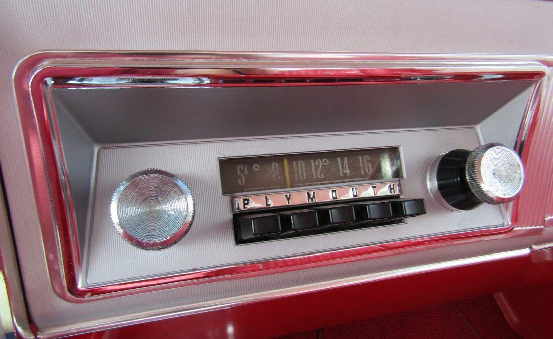 IMG_0044 Plymouth, Fury, Car radio