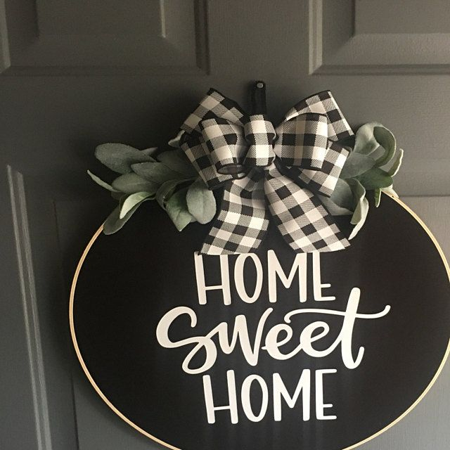 Photo of Christmas wreath for the front door, Christmas wreath, Christmas wreaths, Christmas door wreath, Christmas wreaths for the front door