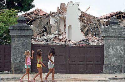 sobrados abandonados Rio de Janeiro - Pesquisa Google