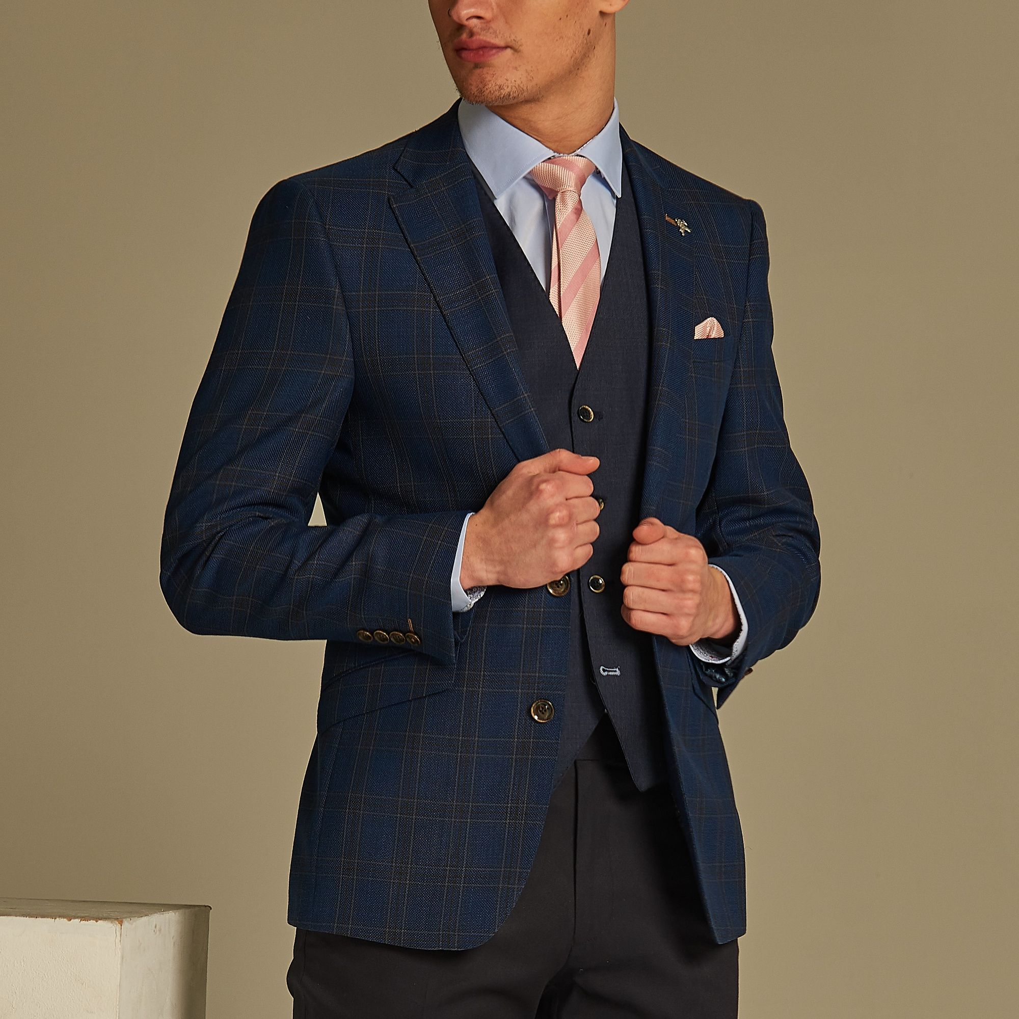 Pink and blue - the perfect combination. | Slim fit