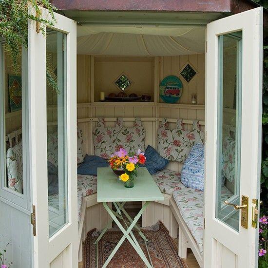 Floral garden summerhouse | Country garden design ideas | Garden ...