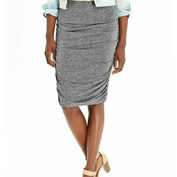 65f154a06 Old Navy Ruched Jersey skirt grey gray small S ♡ Old Navy Ruched Jersey  pencil skirt in grey/gray in size small! New with tags!