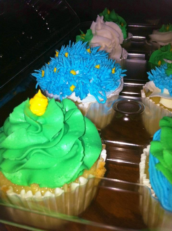 Just playing around with cupcakes - TeTe's Treats