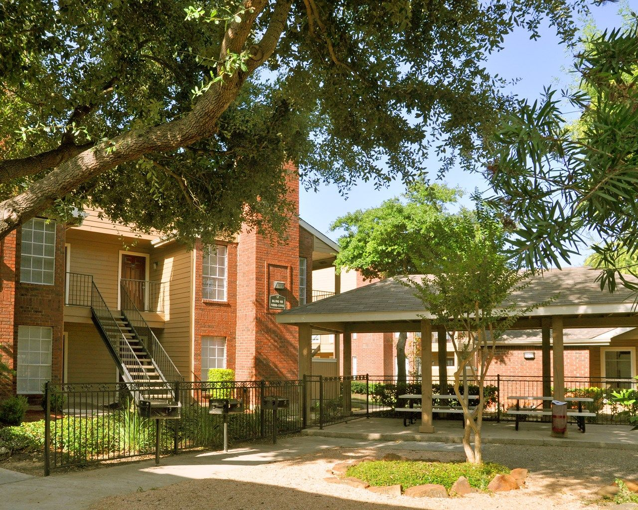 Love this place! 1 and 2 bedroom apartments in Houston, TX