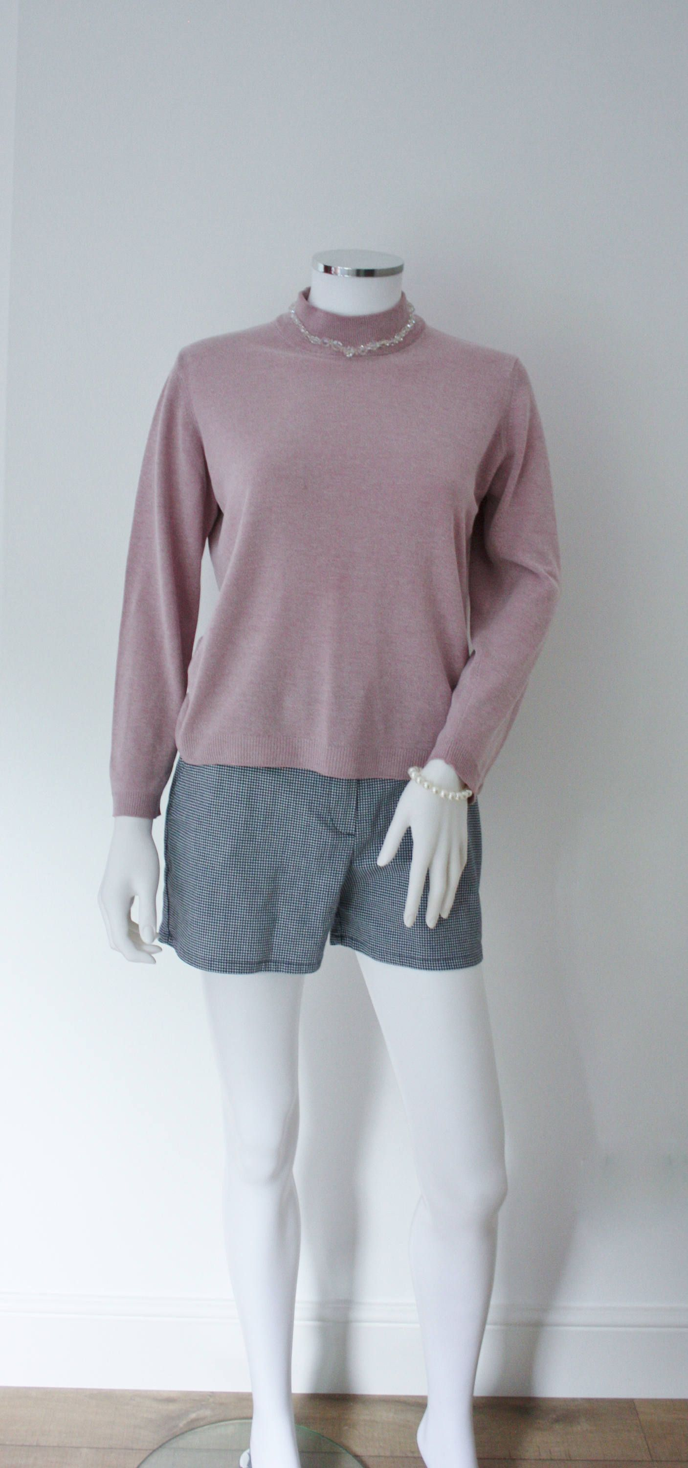 Pastel purple turtle neck sweater, pastel goth, pastel grunge ...