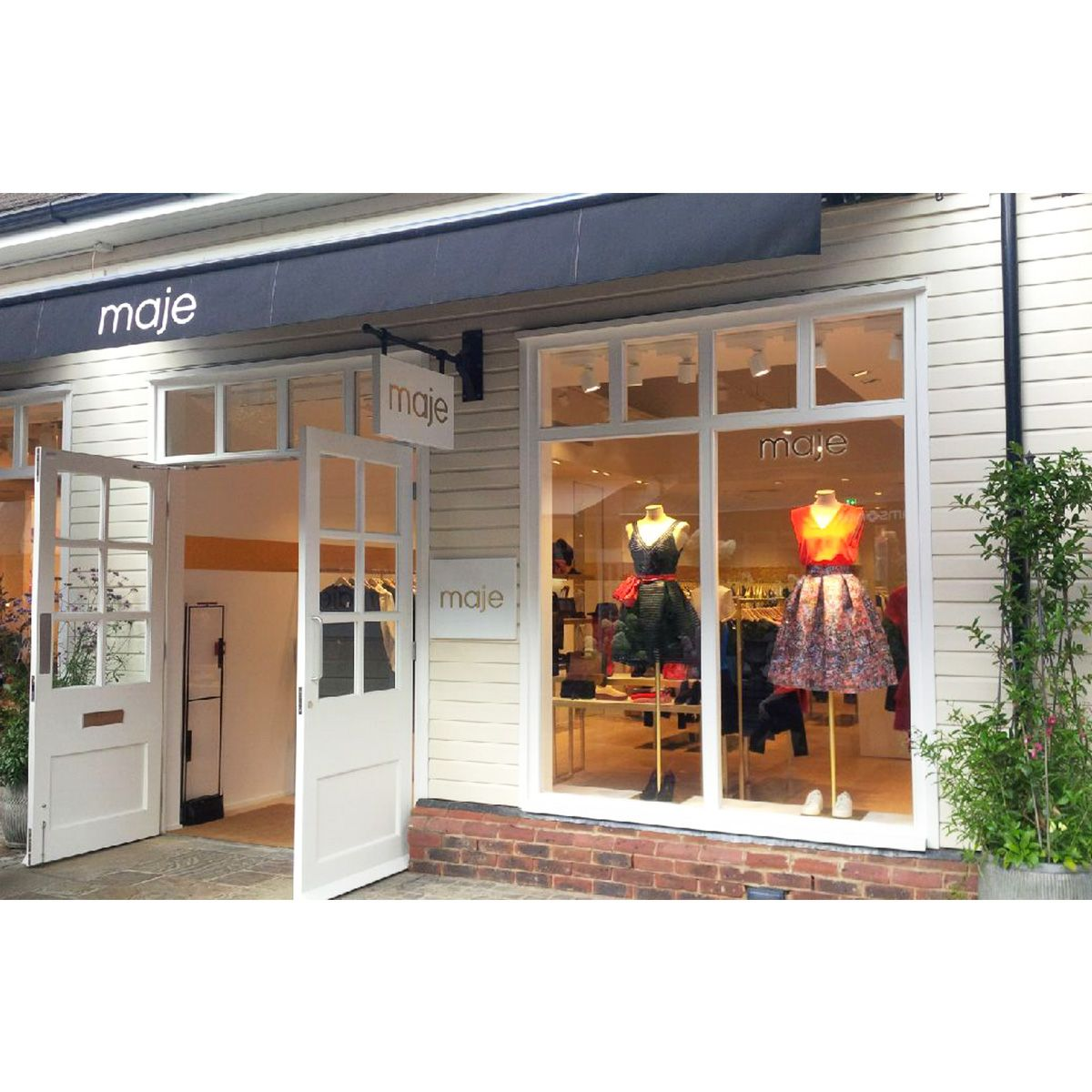 collection outlet store maje presents its new outlet store in bicester come