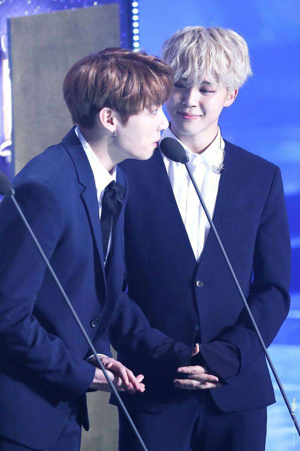 [170119] JIMIN & JUNGKOOK #jikook #BTS @ 26th Seoul Music Awards 2017