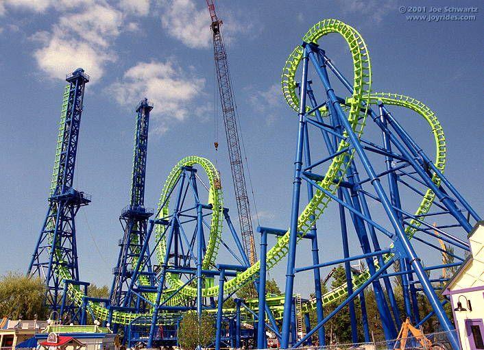 Deja Vu Six Flags Great America Best Amusement Parks Great America Roller Coaster