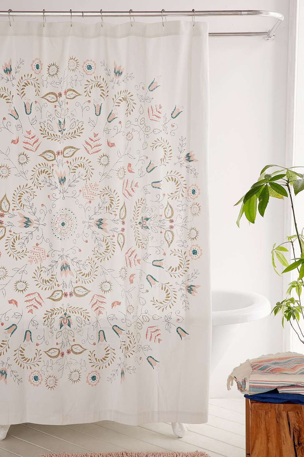 milly medallion shower curtain urban outfitters home boho bathroom cool shower curtains. Black Bedroom Furniture Sets. Home Design Ideas