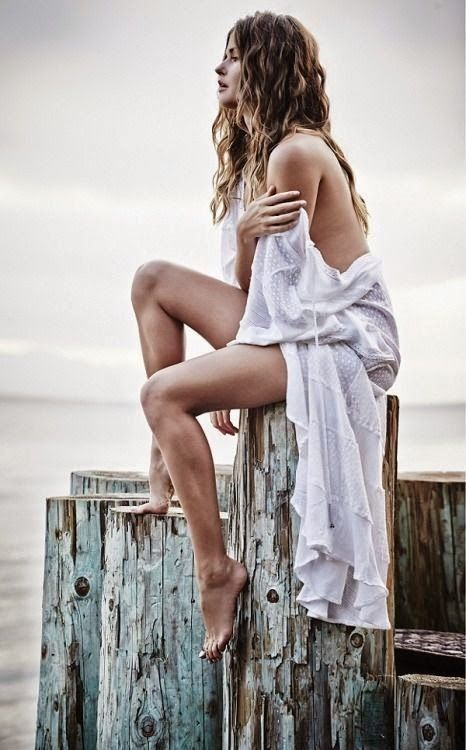 Bohemian chic in 2019 | Photoshoot, White photography ...