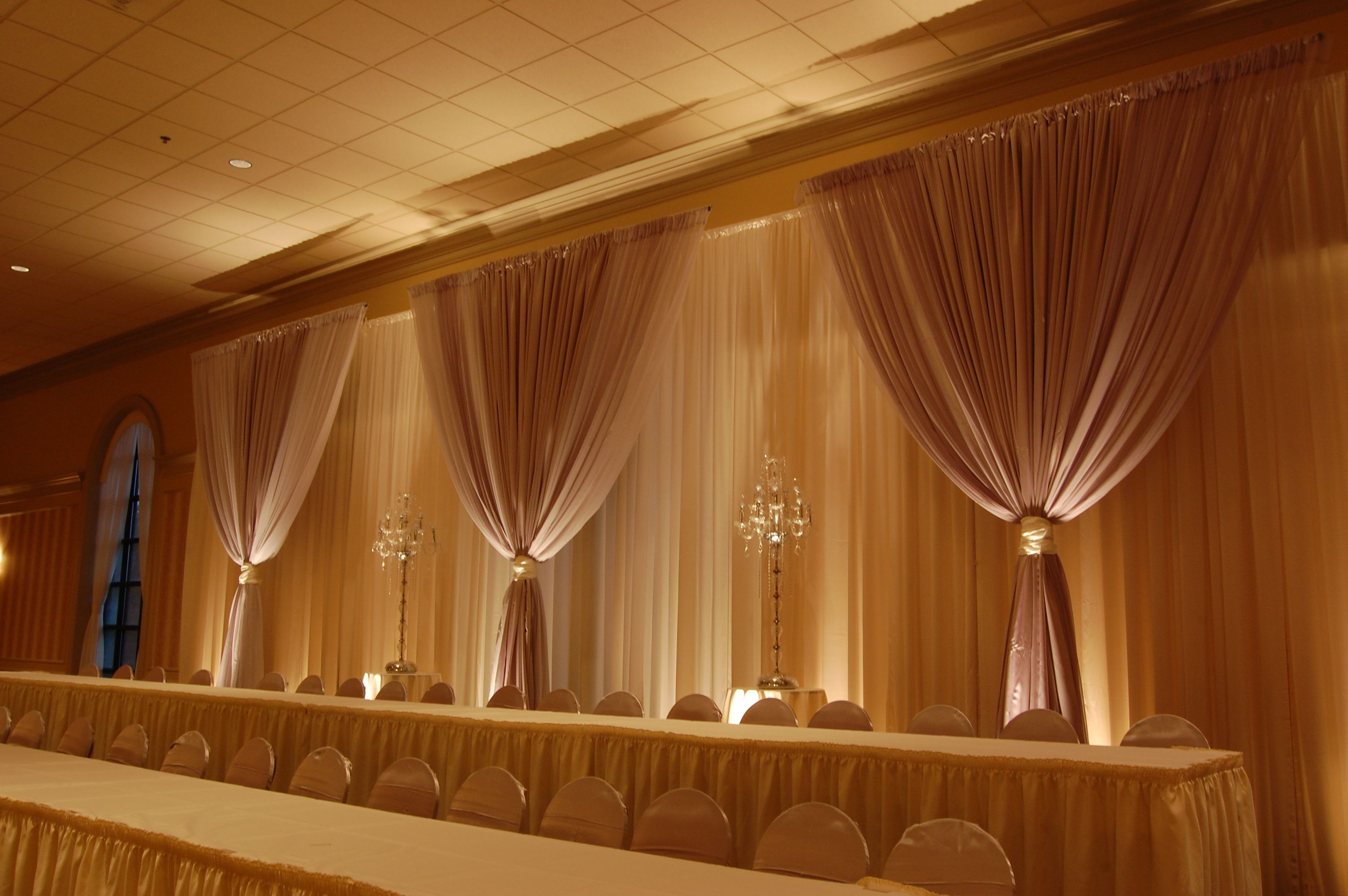 Diy Wall Draping For Weddings That Meet Interesting Decors: Double Layer Backdrop At Palazzo Grande