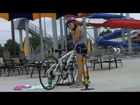 Man with no hands triathlon transition / amputee - YouTube