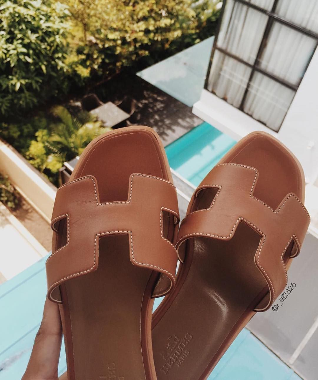 16b53e6f7cf2 Lovely HERMÈS Sandals | clothes and what not in 2019 | Hermes shoes ...