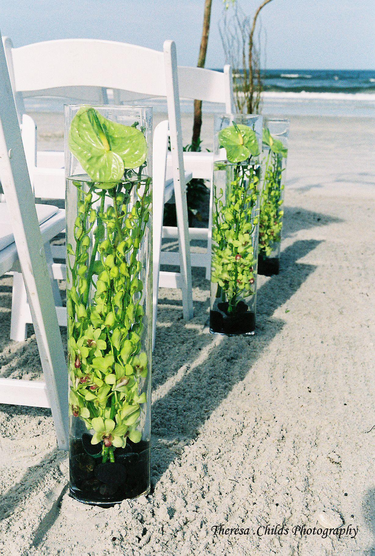 Aisle decor for a beach wedding using tall cylinder vase with aisle decor for a beach wedding using tall cylinder vase with orchids immersed in water reviewsmspy