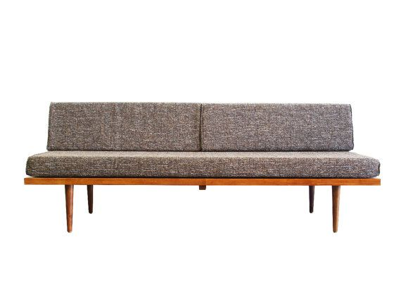 Mid Century Modern Daybed Casara Modern Classic Daybed Etsy Modern Daybed Mid Century Modern Daybed Daybed Sofa