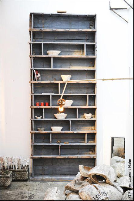 this shelf... lovely ♥
