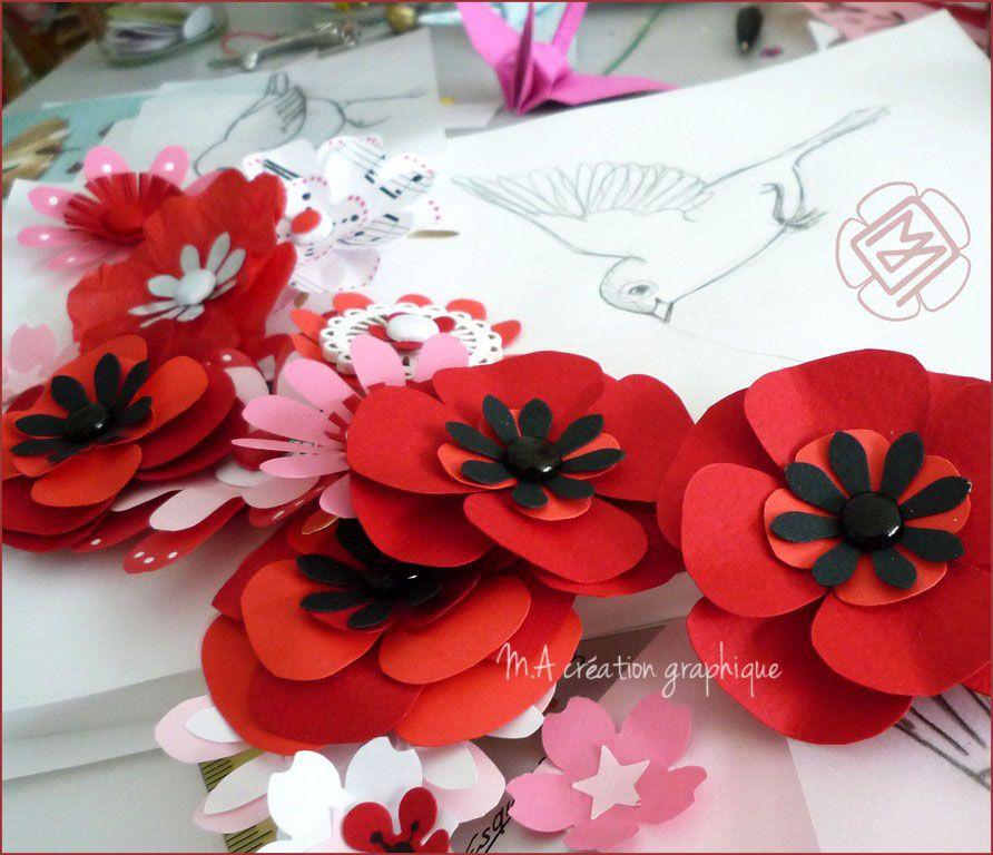 fleurs en papier, tableau en préparation.  http://www.m-a-creation-graphique.blogspot.fr/