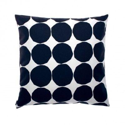 Pienet Kivet cushion