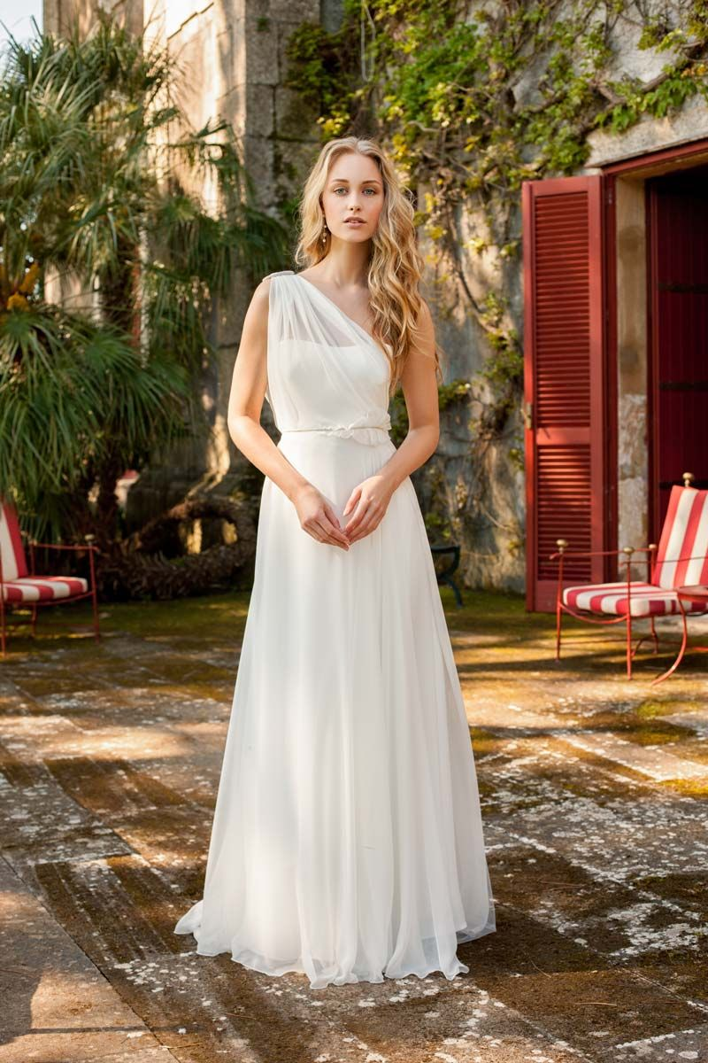 Clio - Rembo Styling - The wedding dress of your dreams   Future ...