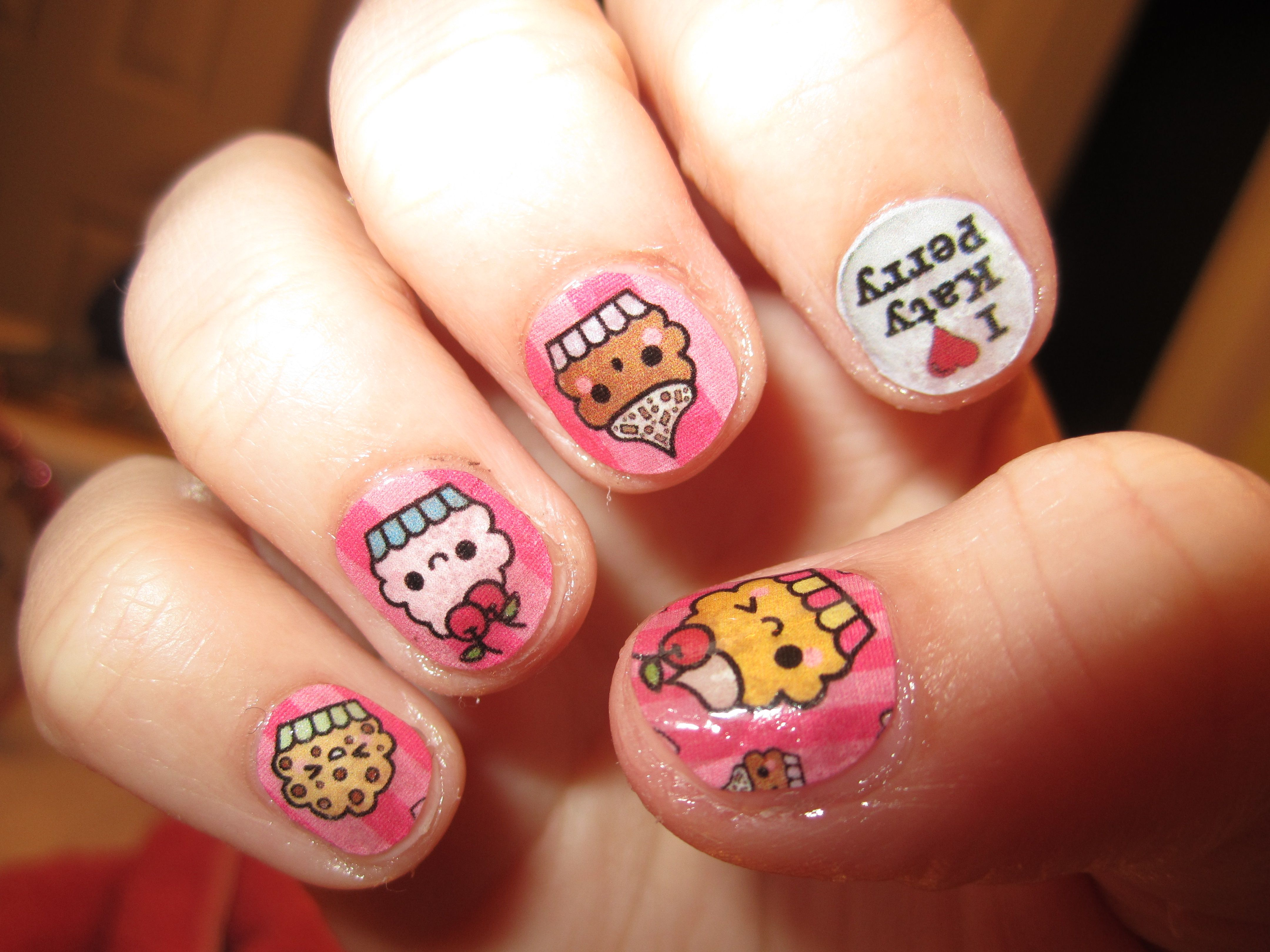 Cupcakes and Katy Perry nails <3 | Nails | Pinterest | Katy perry ...