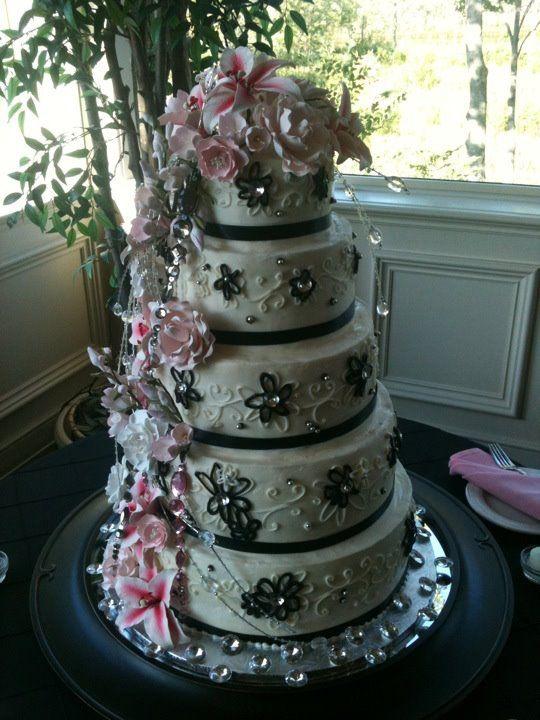 Trifles\' Twin Lakes Pink & Black Wedding Cake | Wedding cakes ...