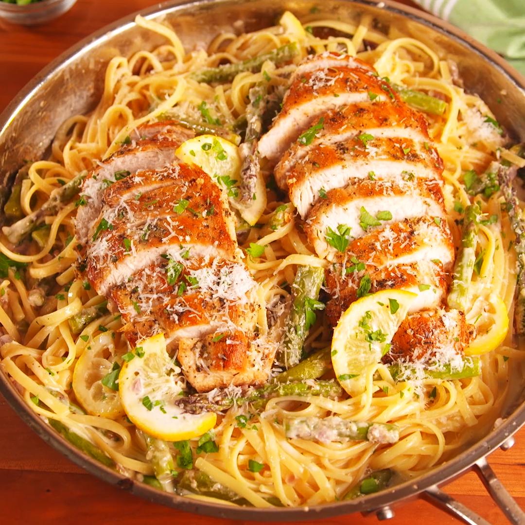 Photo of Lemon Asparagus Chicken Pasta