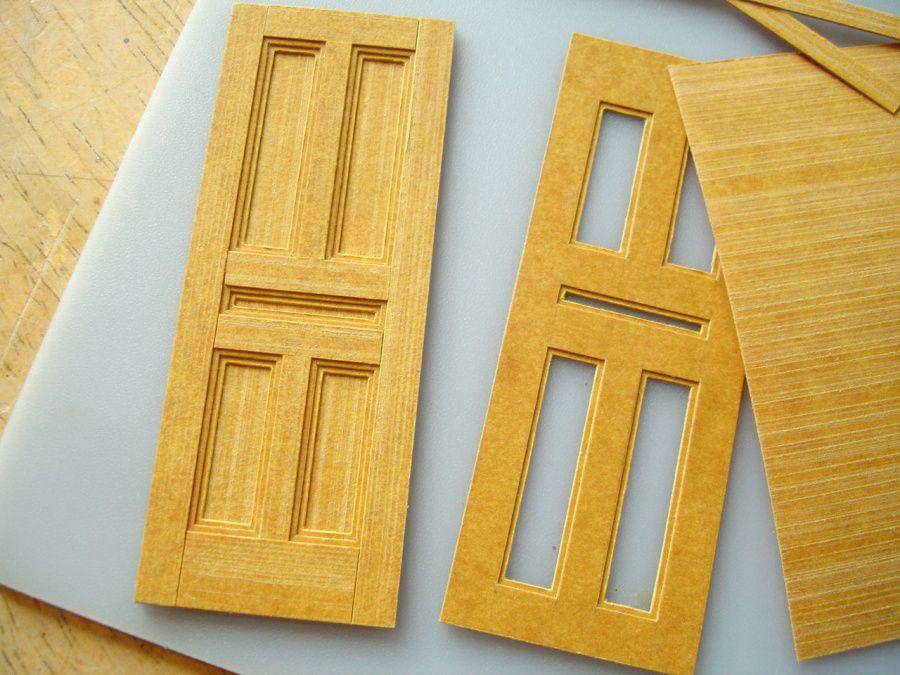 making a panelled door in stencil card miniatur miniatur puppenhaus und bauanleitung. Black Bedroom Furniture Sets. Home Design Ideas