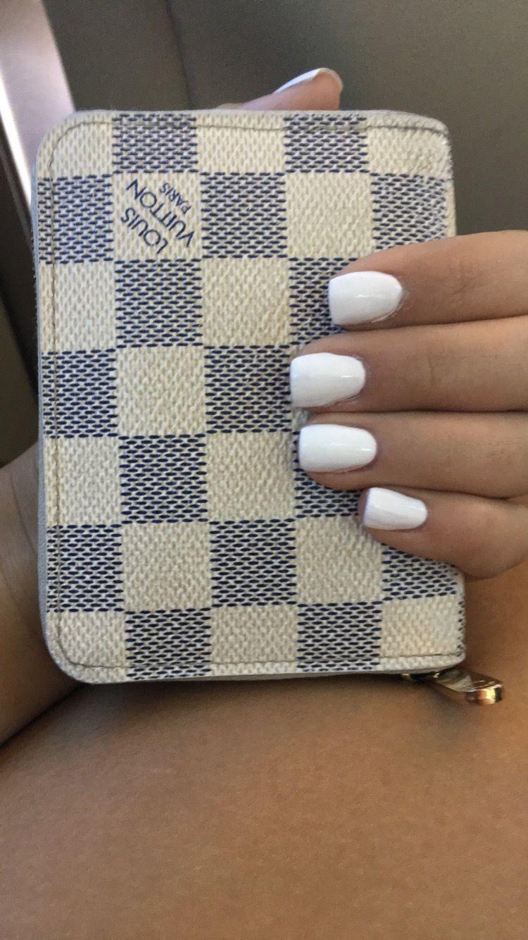 Short White Square Acrylic Nails
