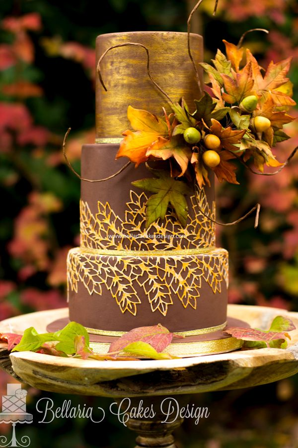 Harvest Showcase Fall Themed Wedding Cake By Riany Clement Of