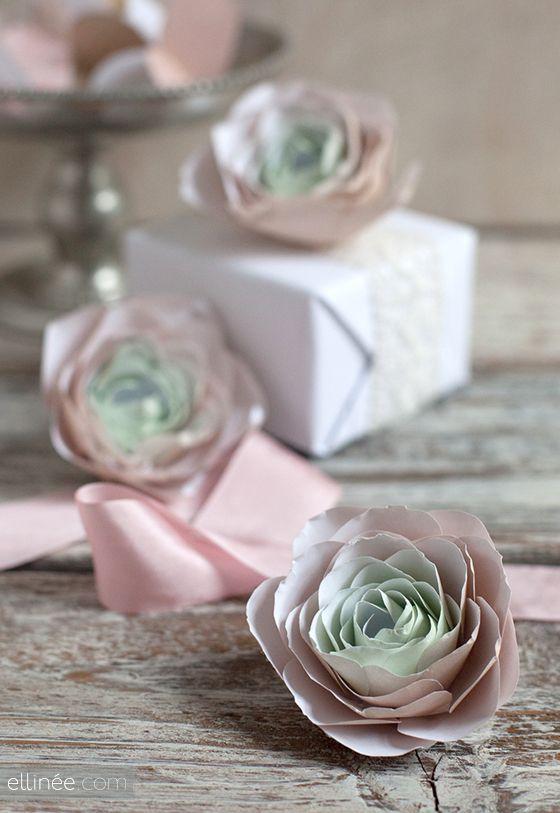 Paper ranunculus flowers get crafting pinterest diy paper diy paper ranunculus tutorial mightylinksfo