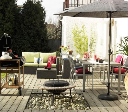 Wonderful Outdoor Dining Area Design And Decorating Ideas: Grey Inspired Outdoor Living And Dining Area