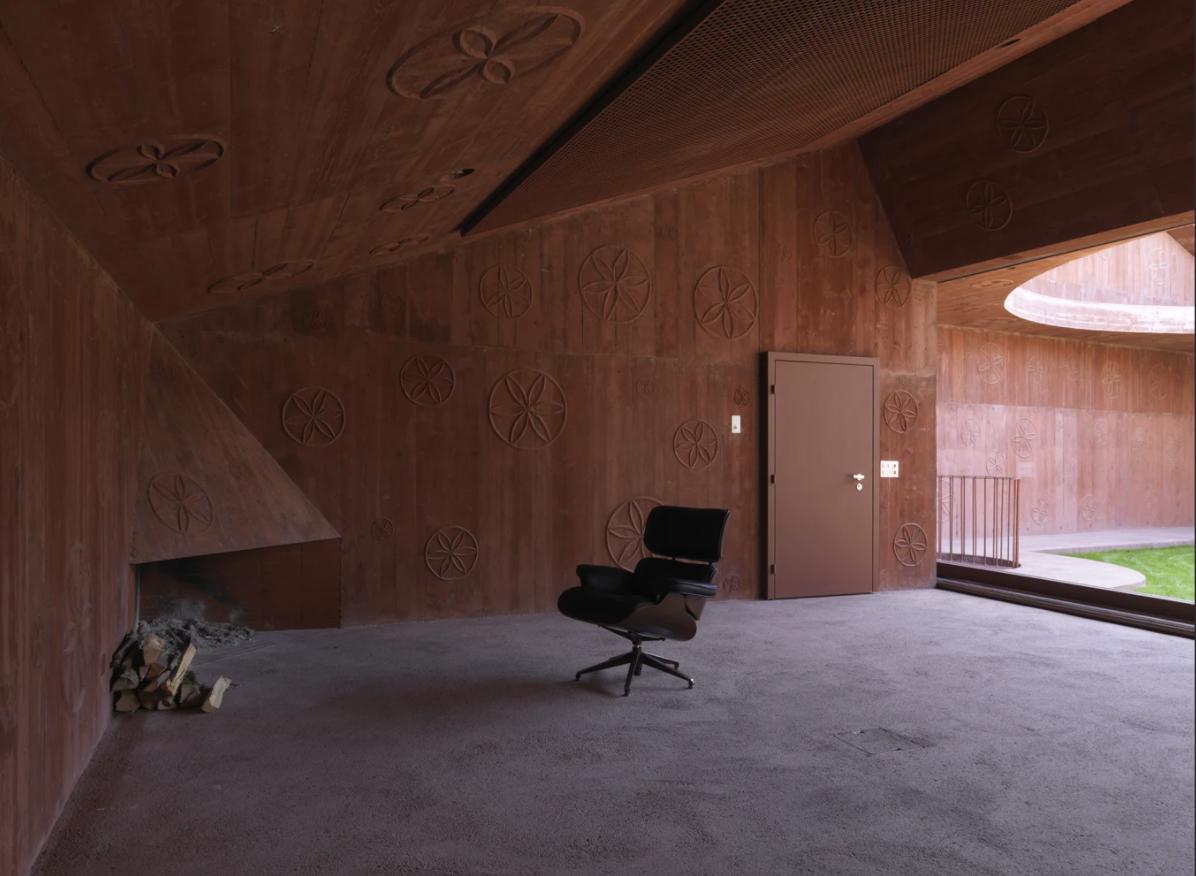 #furniture #luxuryfurniture #luxury #luxurydecor #bespokefurniture #interiordesigninspo#masterbedroomdesign#homeideas#interiordesigninspiration#livingroomdetails#houzz#interiordesignerslife#interiors123#bedroomdesign#diningroomdesign #architecture